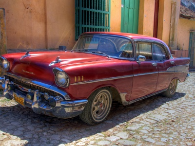 Chevrolet Retro Car - Cuba Havana (click to view)