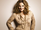 Drew Barrymore Hair Shirts Jewelry Smile