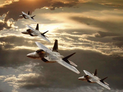 F-22 Raptor Flight Formation (click to view)