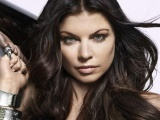 Fergie Face Bracelets Hair Brunette