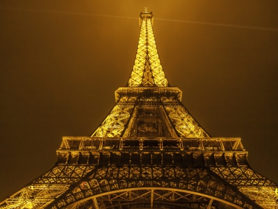 Glowing Eiffel Tower (click to view)