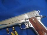Guns Weapons Ammunition M1911 45acp Colt Handguns