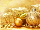 New Year Christmas Spheres Gold