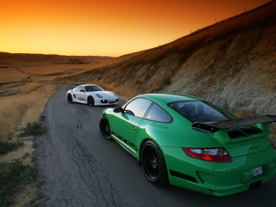 Porsche 911 GT3 RS (click to view)