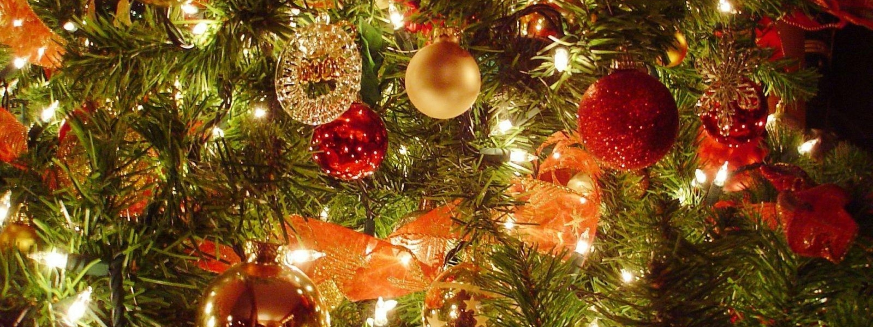Christmas Tree Light Decorations