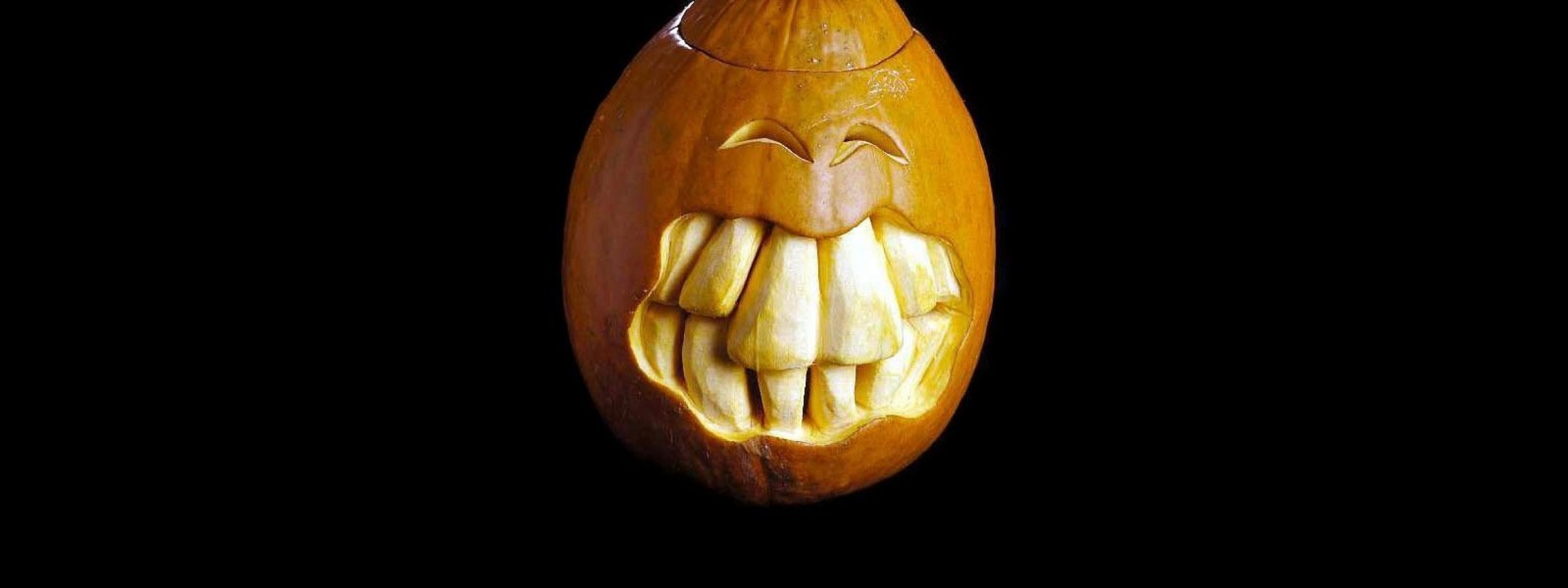 Scary Pumpkin Carving Halloween