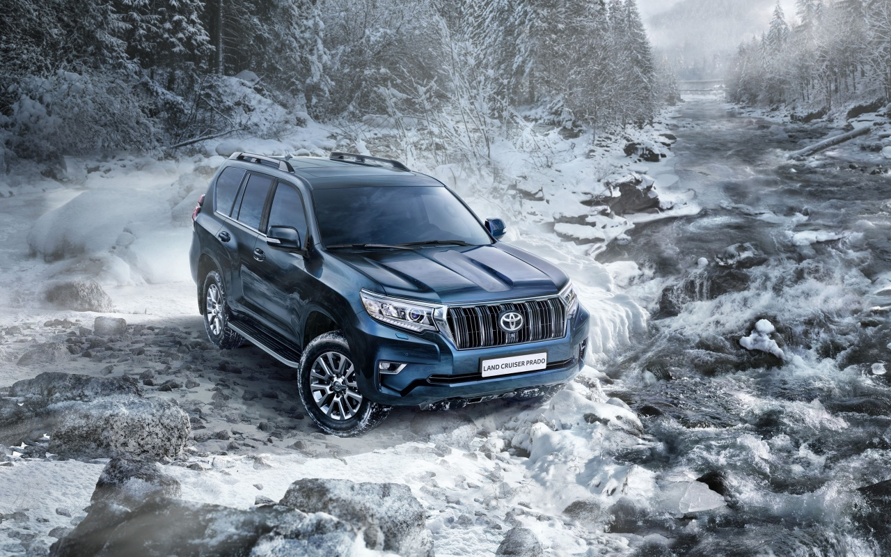Toyota Land Cruiser Prado Snow